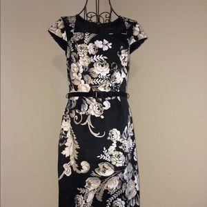 While House Black Market Floral Dress Size 6